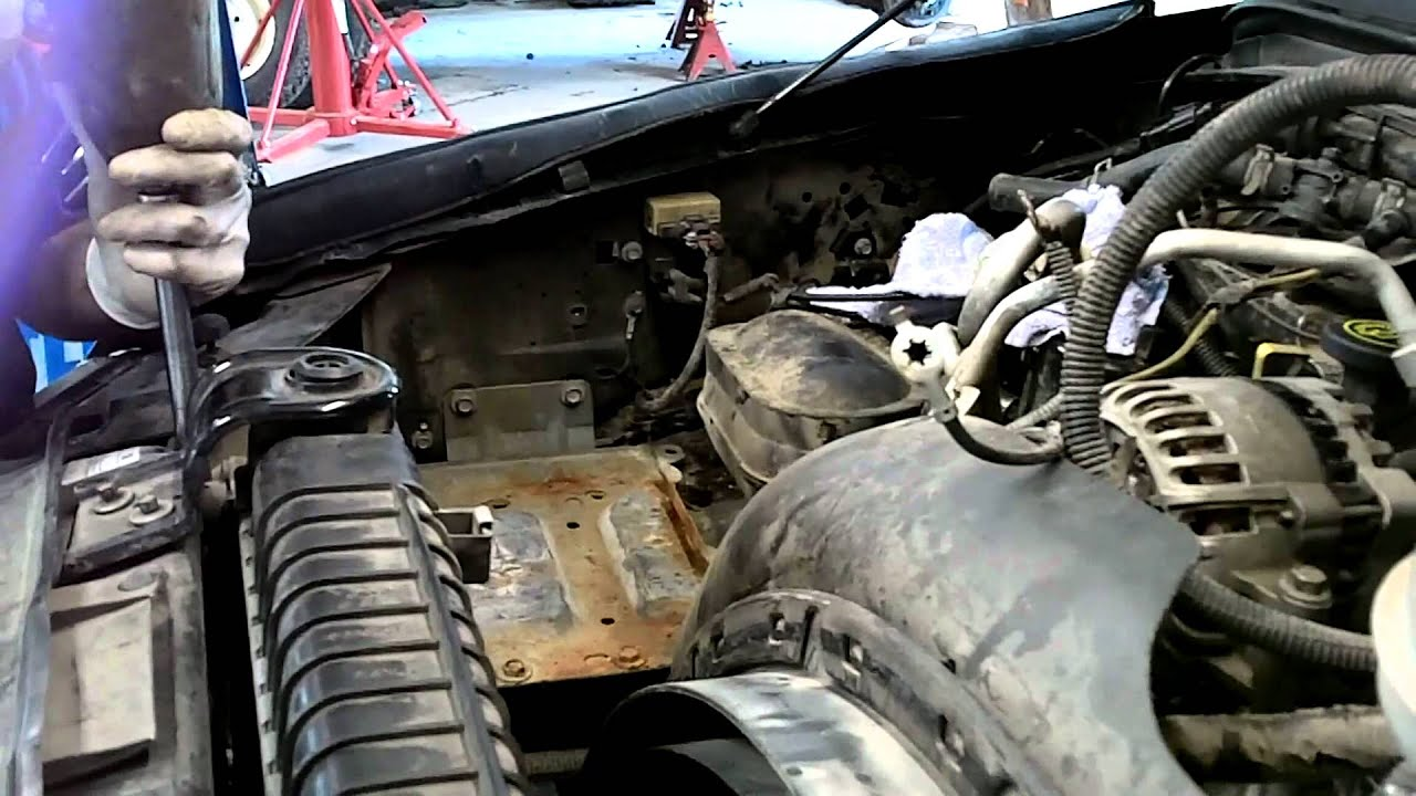 medium resolution of 6 0 liter ford powerstroke cab removal for head gaskets youtube rh youtube com 6 0 powerstroke parts breakdown 1997 ford f 250 diesel fuel system diagram