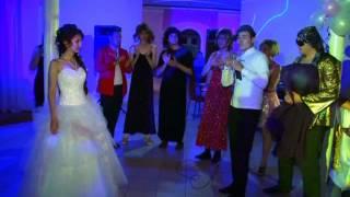 Сюрприз невесте от жениха