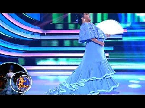 Falete imitant Lola Flores dans Torbellino de colores