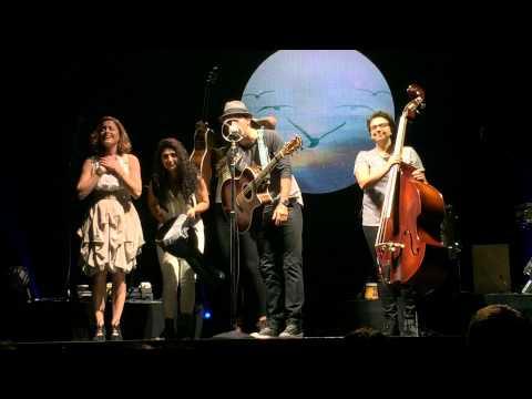 """Jason Mraz """"YES"""" Tour Singapore - I Won't Give Up + It's So Hard To Say Goodbye"""