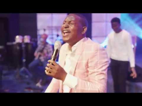 Download Praise and Worship Medley - Dare David