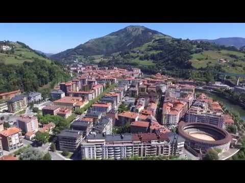 Tolosa desde el aire | Tolosa from the air | Tolosa iz zraka (Gipuzkoa, País Vasco)