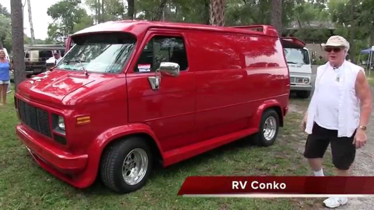 Colleens Lady In Red 1995 GMC Van