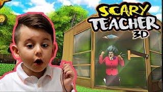 Yusuf babası ile SCARY TEACHER kızgın öğretmen oynamaya devam ediyor🤩 Çok heyecanlııı🥶 part 2