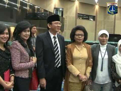 09 Jan 2013 Wagub Bp. Basuki TP. Rapat Paripurna DPRD ttg hasil kegiatan Reses ke-3 TA 2012