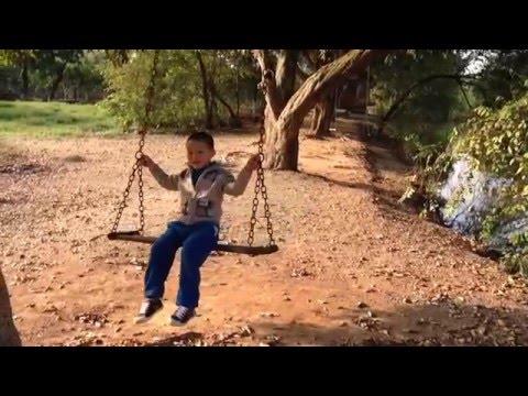 Xích đu - Tuổi thơ con