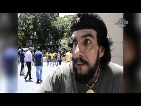 """Hay que dolarizar la economía dice el """"Che Guevara"""" caraqueño"""