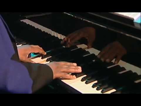 Besame Mucho Kenny G feat. Robert Damper