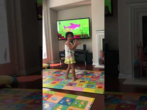 WE LOVE PINKFONG BABY SHARK - Rosalind Lim