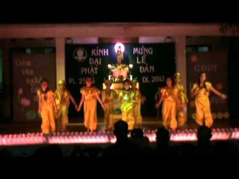 04-mua-oanh-vu-mung-phat-dan-sanh-gdpt-Duc-Chon.avi