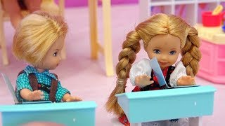 Nobody Wants to Be Bobby's Friend at School - Barbie School Toys Set - Stories With Toys and Dolls