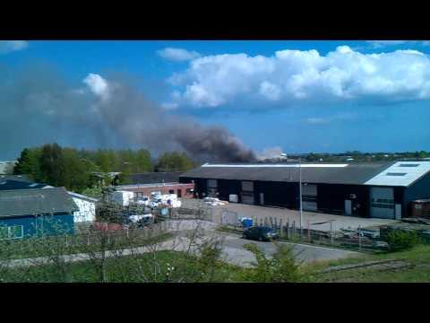Brand i genbrugsfabrik i Risskov ved Århus.