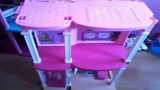 Gambar cover Barbie'nin 3 Katlı Rüya Evi