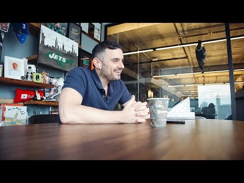 CONSUMER PACKAGED GOODS | DailyVee 220