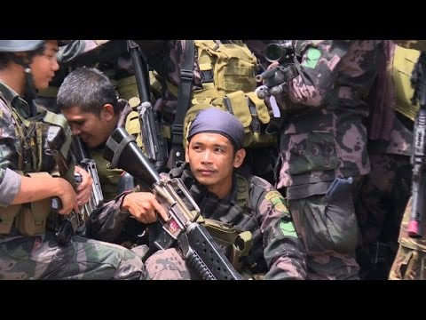 Philippine soldiers in gruelling urban conflict in south