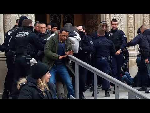 Répression contre les sans-papiers à la Basilique de St Denis