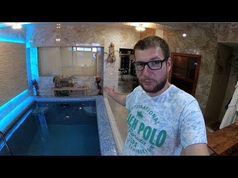 Квартира с бассейном, сауной и кинотеатром