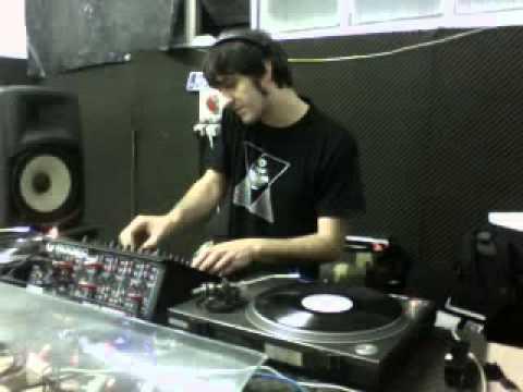 Balza @ Desguaze Music Tv 2013 / 07 / 05
