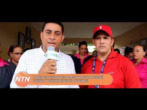 Profesores y estudiantes protestan por falta de energía electrica en escuela de Tenares