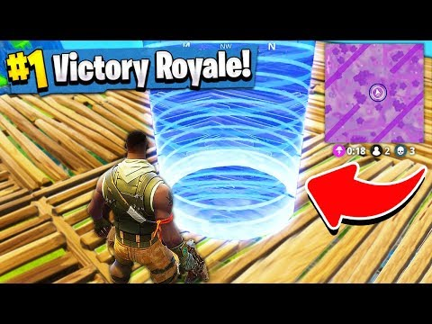 WINNING with THE WORLDS smallest BORDER! (Fortnite Battle Royale)