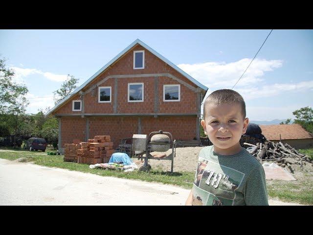 Dogradnja kuće porodici Apostolović iz Slavujevca kod Preševa - Srbi za Srbe