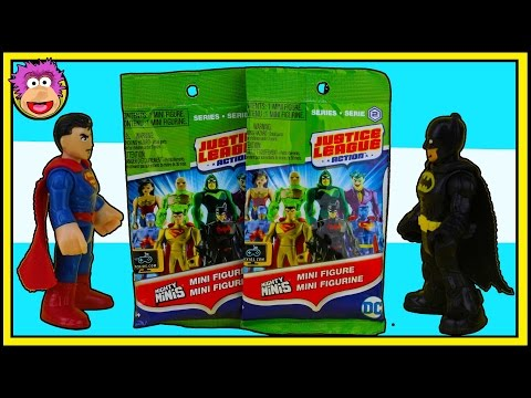 Batman and Superman battle over the Justice League Action Mighty Minis JLA Series 2 Codes & Opening