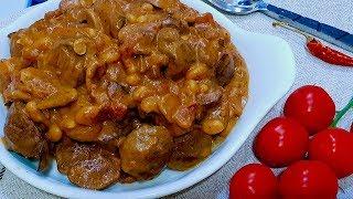 Вы не поверите как это вкусно!!!! Куриные сердечки и печень тушенные с грибами в соусе.
