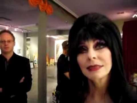 Elvira had sex with Elvis???