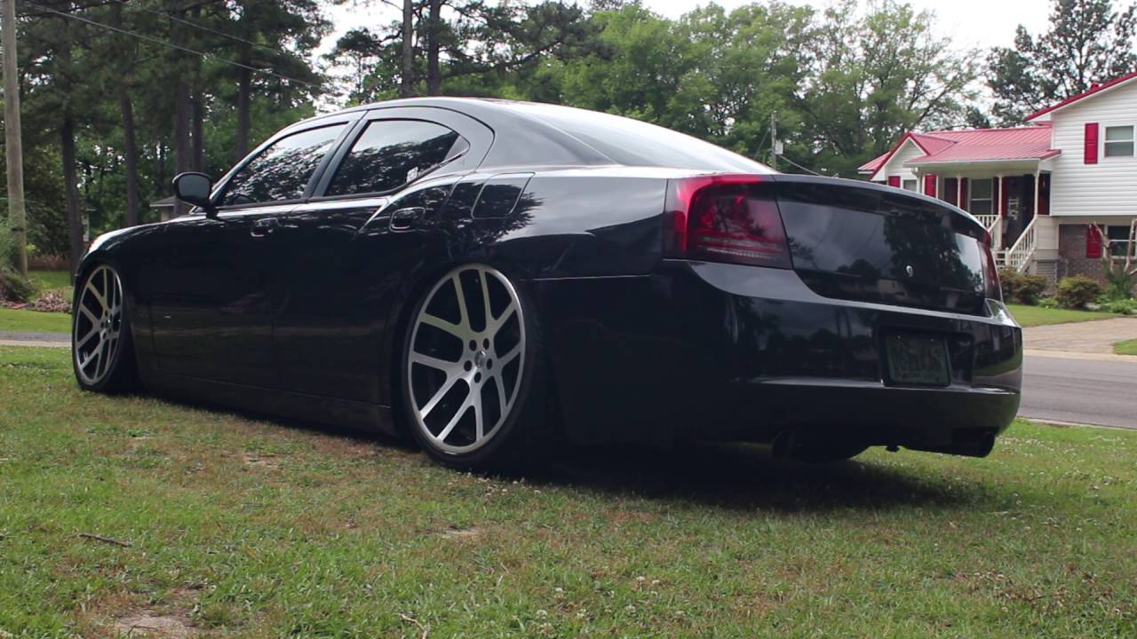 Bagged dodge charger accuair