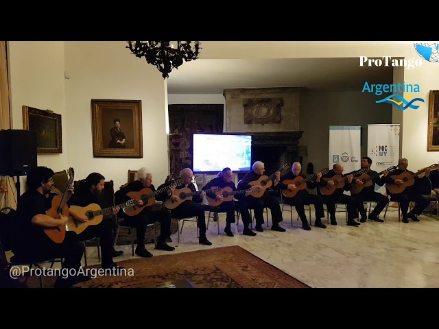 Único, bárbaro, Bravo!!! 10 guitarras y un Vals. Embajada del Uruguay