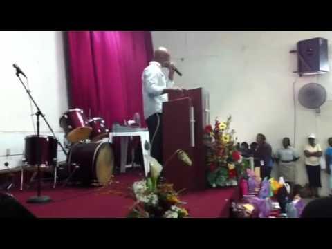 Pastor Barrow