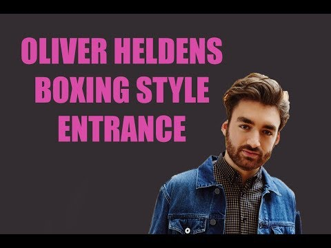 OLIVER HELDENS MAKES BOXING STYLE ENTRANCE BEFORE SHOW [ADE 2017]