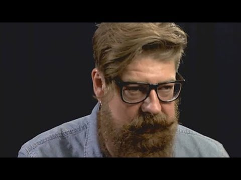 """Jim Root Talks Past Beef With Corey Taylor: We're """"Much Closer Now"""""""