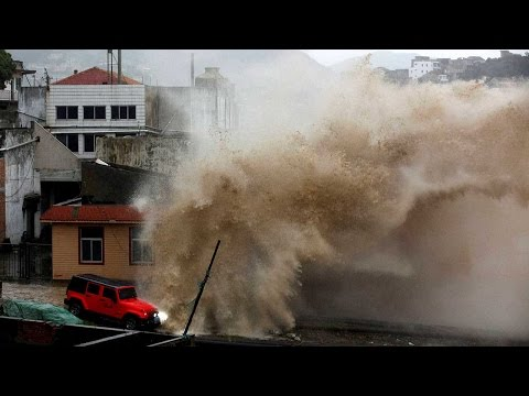 Typhoon Goni hit Japan, over 100,000 residents evacuated