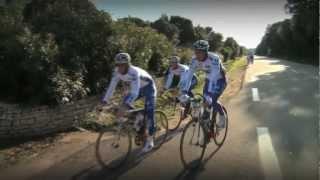 FDJ à l'entraînement : exercices derrière scooters (2012) - EquipeCyclisteGroupamaFDJ
