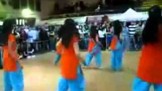 Pakistani Girls Dancing On Babbu Maan