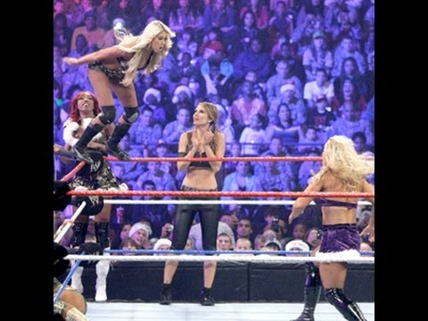 Tribute to the Troops 2011: Kelly, Eve, Alicia & Maria Menounos vs. Beth, Natalya & The Bellas