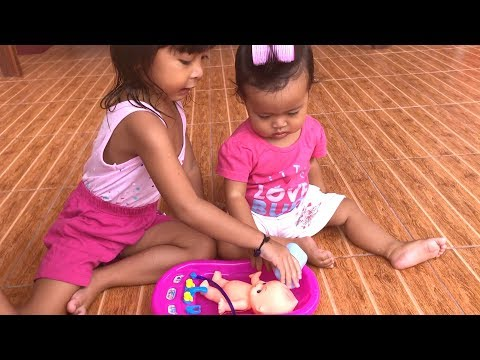 Lucu Balita Rebutan Mainan Anak Boneka Bayi Mandi - Baby Dolls Bathub Toy