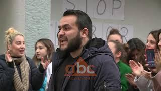 Pas studenteve, në proteste dhe pedagoget e Fakultetit Histori-Filologji | ABC News Albania