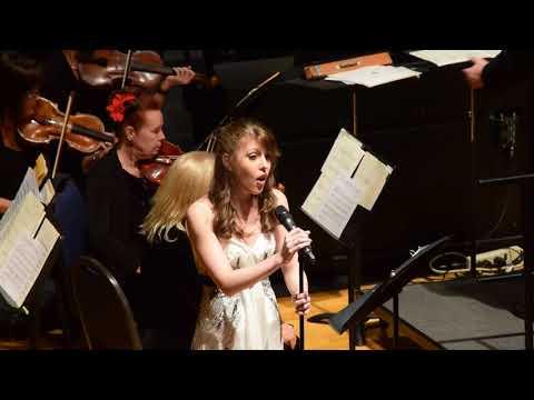 """Alexa Lowrey  """"O Holy Night"""" / """"Cantique de Noël"""""""