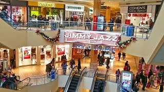 Holiday Shopping in Queens Mall, Christmas Time in New York Ci…