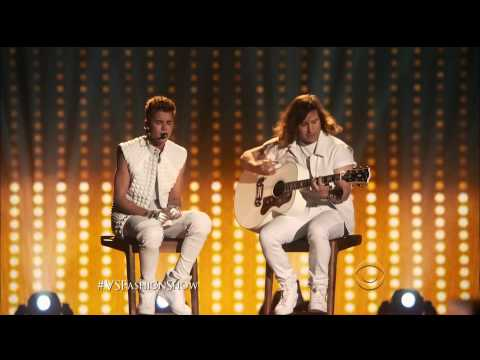As Long As You Love Me - Justin Bieber Live @ Victoria's Secret Fashion Show 2012)