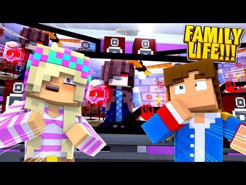 Minecraft LEAH & DONNY GET EVIDENCE OF EVIL STEPMOM'S DARK SECRET!!!