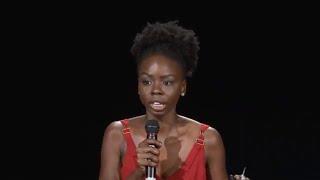 Um novo olhar sobre a pessoa negra; novas narrativas importam | Gabi Oliveira | TEDxUNIRIO