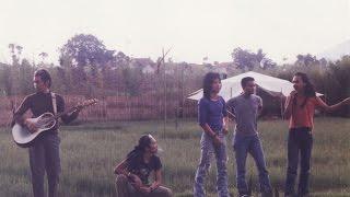 Gambar cover Slank - Bocah (Official Music Video)