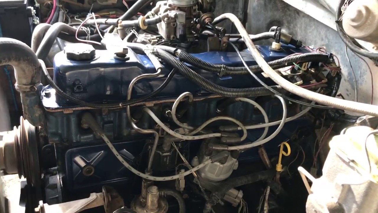 ford 300 inline 6 Knock  YouTube