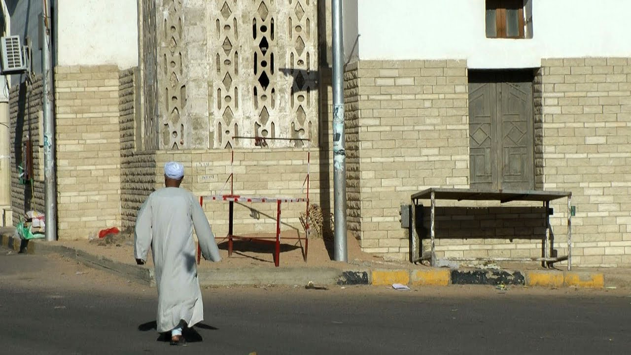 Download Egypt - the Red Sea region - Safaga Downtown, poor district