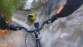 URBEX VELO : Une piste de bobsleigh abandonnée