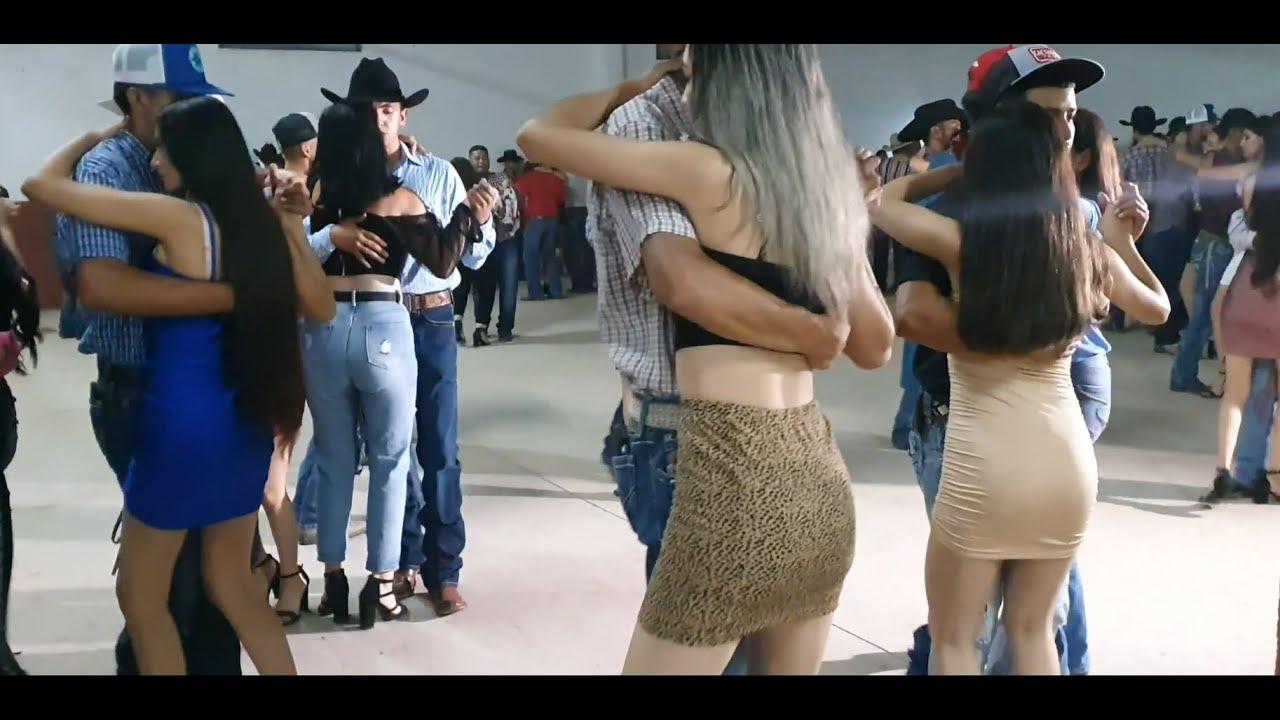 A bailar con CONJUNTO HURACAN