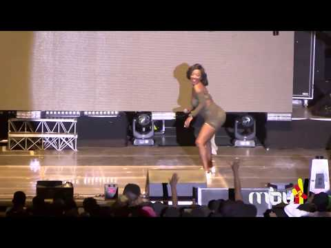 Leilah Kayondo flashes private parts during her performance at Spice Diana's concert